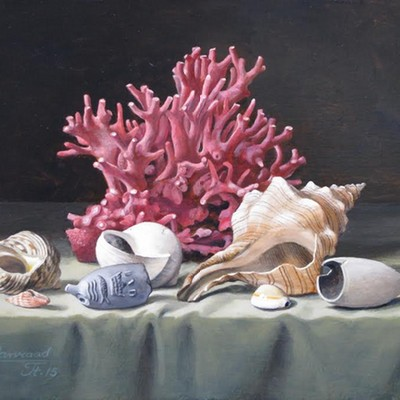 <strong>Stilleven met koraal, schelpen en pijpekoppen. Afm.18x24cm.</strong>