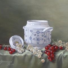 <strong>Suikerpotje met rode en witte bessen. Afm. 18x24 cm.</strong>